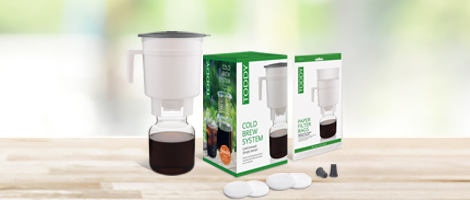 Toddy Staycation Edition with carafe, box, 20-pack of paper filter bags, 4 felt filters, and 2 silicone stoppers